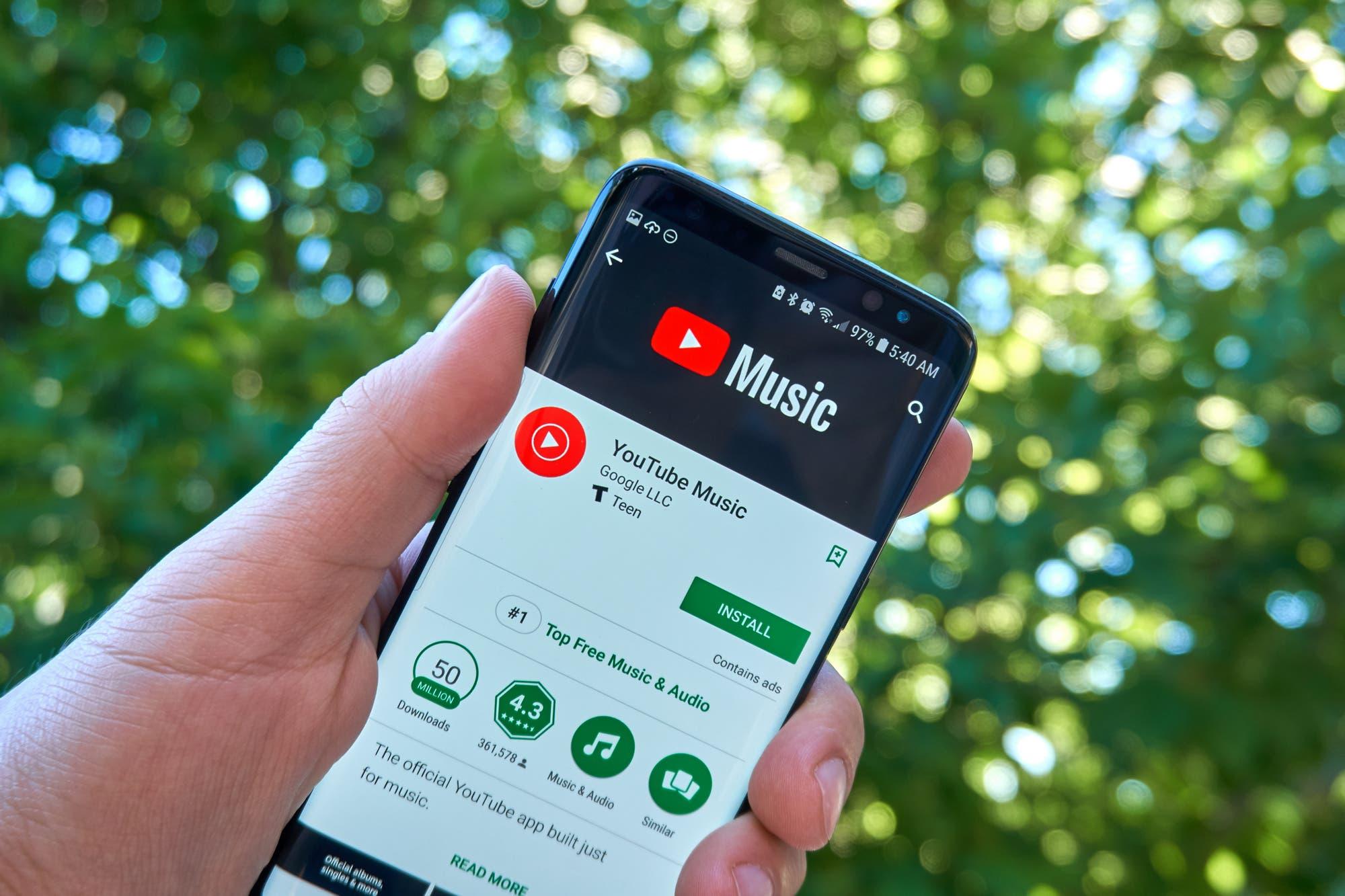 YouTube Music suma listas de reproducción colaborativas y sugerencias automática basadas en inteligencia artificial