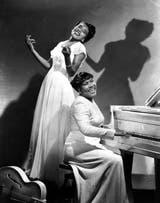 Sister Rosetta Tharpe junto a Marie Knight, su gran amor