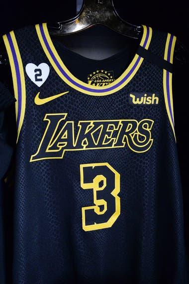 Las camisetas que está usando Lakers en la final contienen un homenaje a Gianna Bryant, la hija fallecida con Kobe en enero a raíz del accidente en un helicóptero.