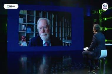 """En diálogo con José Del Rio (LA NACION), Paul Collier dijo que las empresas """"son responsables de poner de pie a la economía si colapsa"""""""