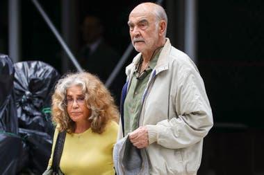 Connery junto a su mujer, Micheline Roquebrune
