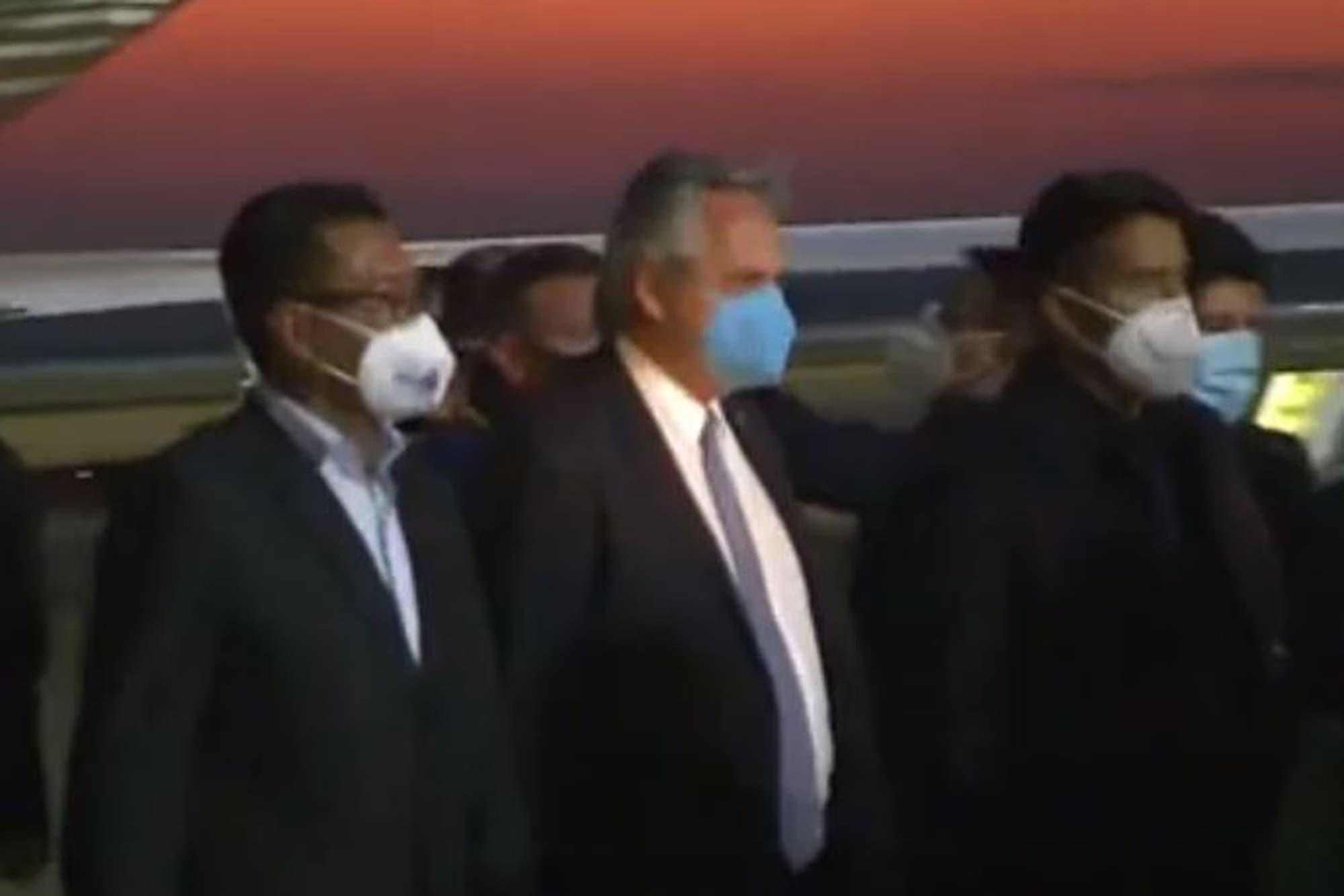 Alberto Fernández llegó a Bolivia para participar de la asunción de Luis Arce