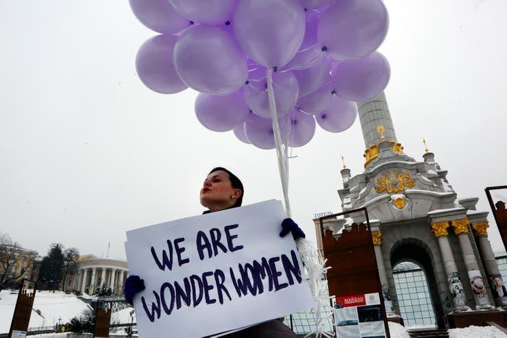 En Kiev, Ucrania, las mujeres también hacen sentir su voz