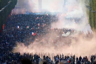 El festejo en las calles parisinas