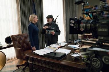 Con House of Cards, Netflix inauguró en 2013 su estatus de productora; la serie duró seis temporadas