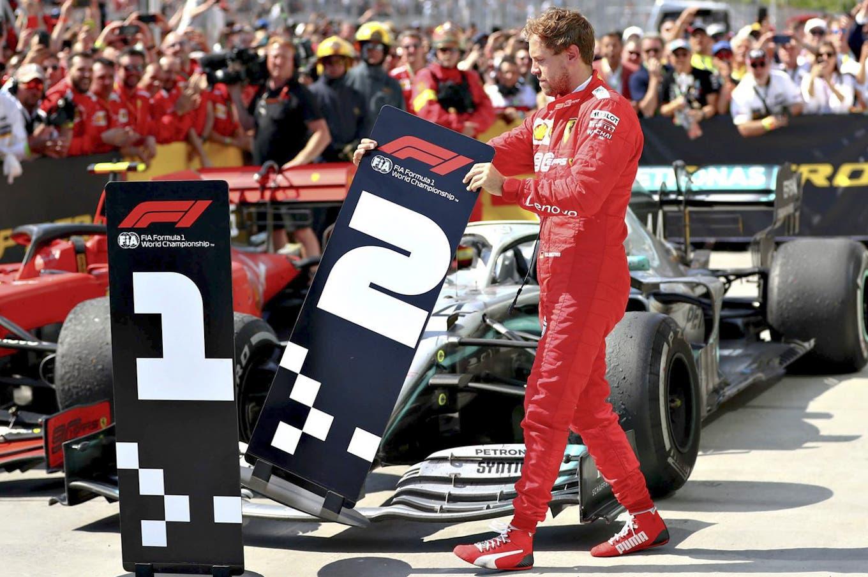 Gana hasta cuando pierde: Hamilton se quedó con el GP de Canadá por una polémica sanción a Vettel