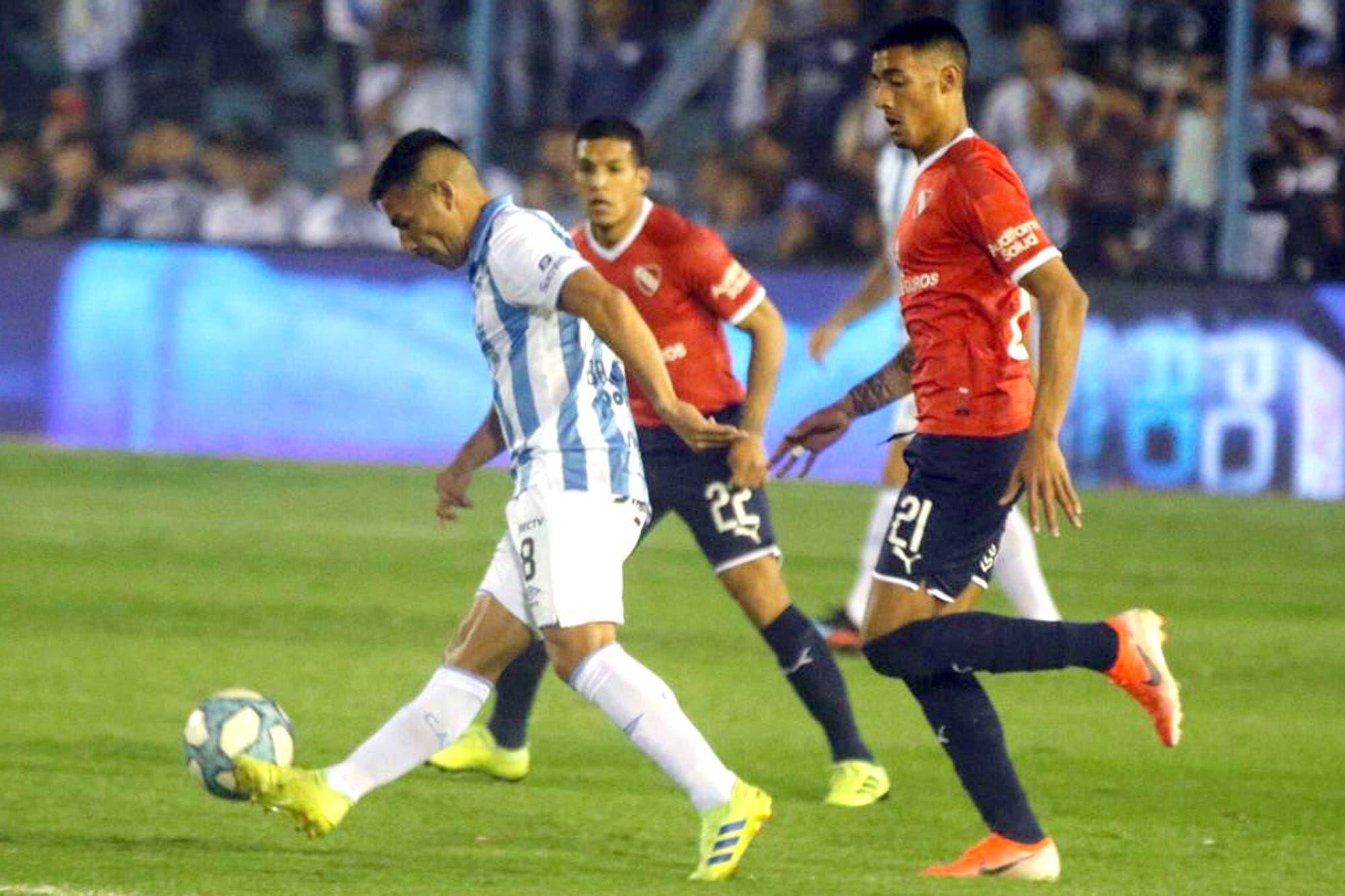 Atlético Tucumán-Independiente, por la Superliga: el Rojo quiere salir de la crisis