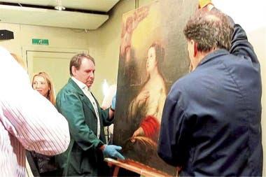 Restitución. El lienzo de Murillo estaba en poder de cinco sujetos que lo llevaban a Punta del Este para venderlo; ya fue entregado al Museo de Arte Decorativo de Rosario, su dueño