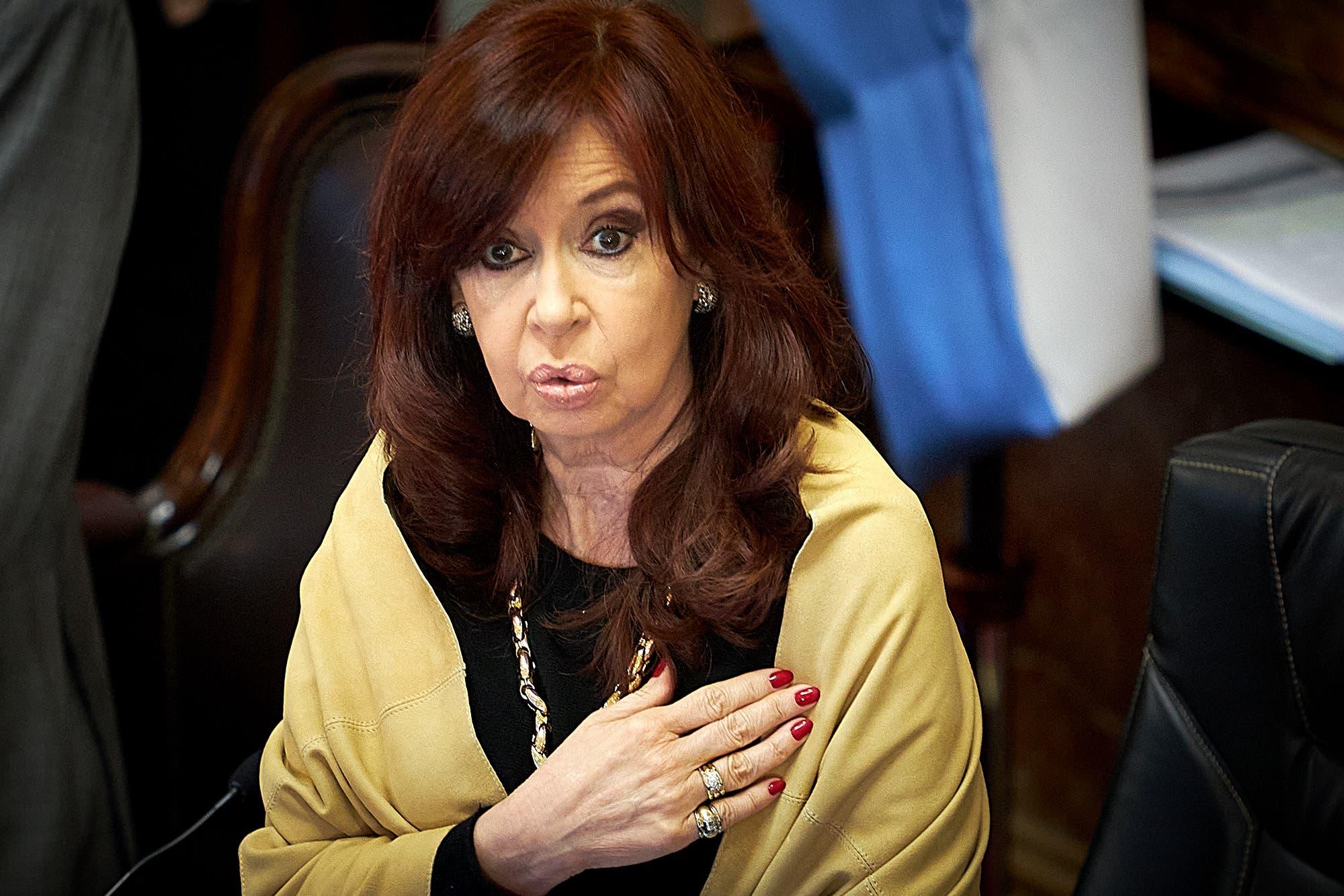 "Con su sello personal, Cristina Kirchner le puso fin a la ""pax pandémica"" en el Senado"