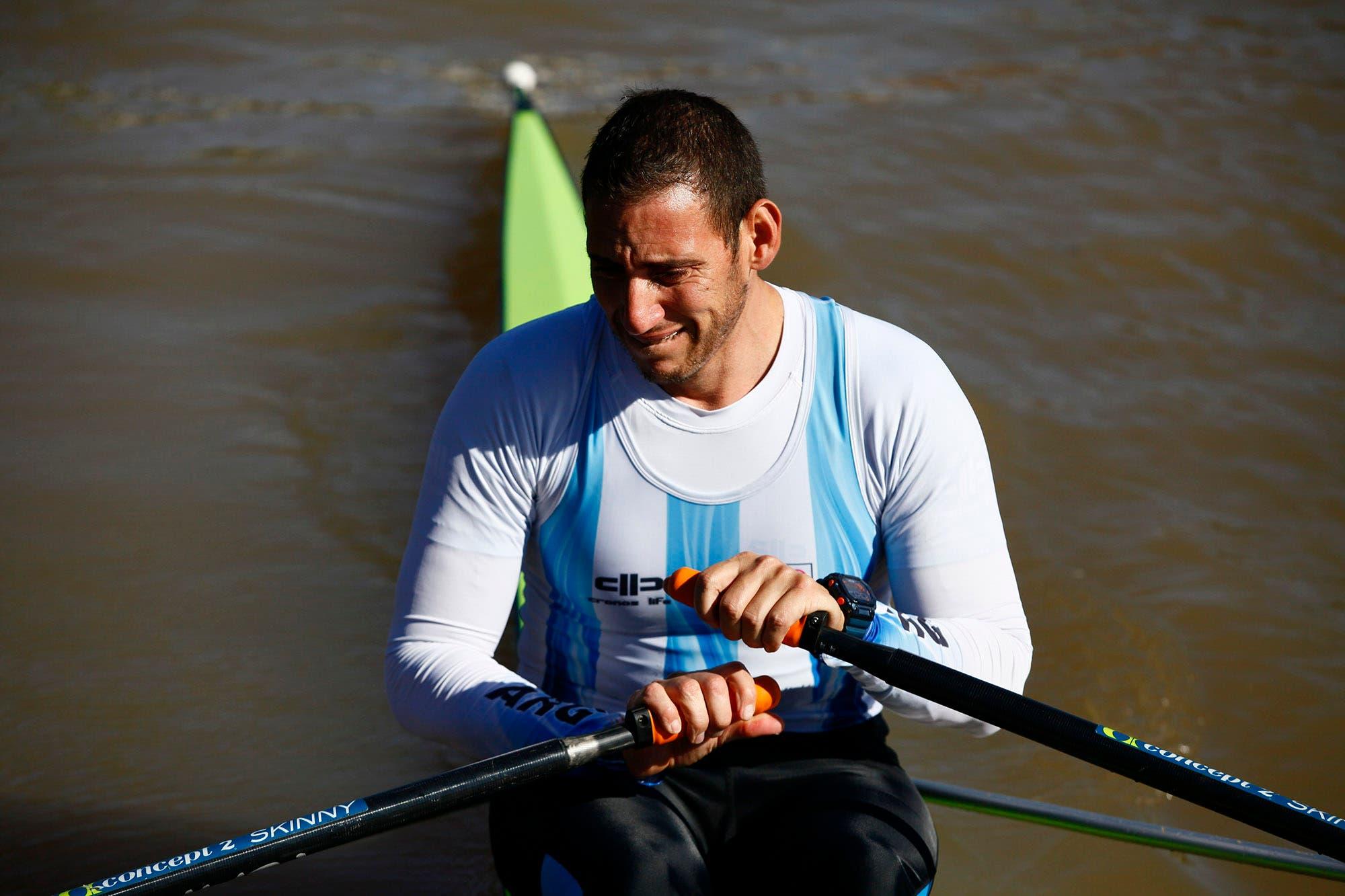 De nuevo en el agua: la emoción del remero Ariel Suarez al subirse al bote tras casi cinco meses