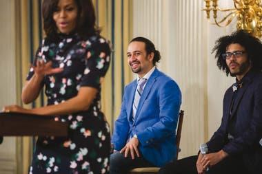 Miranda, en 2016, muy cerca de Michelle Obama; ella lo había conocido al inicio de la presidencia de su marido