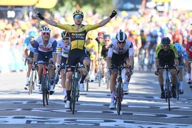 Wout Van Aert se adjudicó la quinta etapa del Tour de France, en Privas