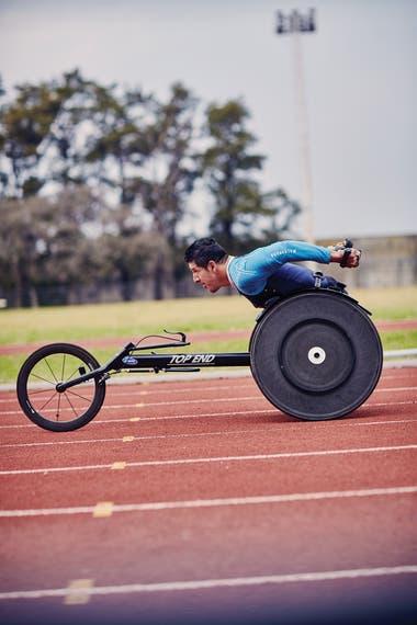 El atleta en silla de ruedas Alejandro Maldonado se queja de que se olvidaron de los paralímpicos