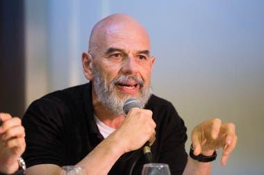 Javier Grosman, histórico productor artístico del kirchnerismo, aportará la plataforma para el acto virtual