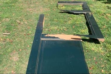 La puerta del puesto fue destrozada a golpes y se llevaron pertenencias del puestero