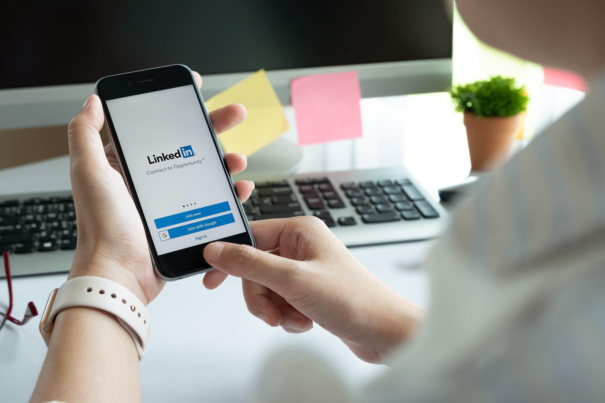 LinkedIn: siete formas de usar la red social profesional para mejorar tu búsqueda de empleo