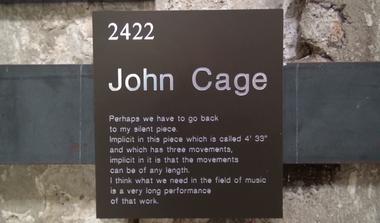 Tributo a John Cage, el creador de la canción de 639 años (Binder and Haupt)