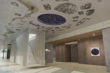 """""""Mundo Imaginal"""", el mural en el cielo raso"""