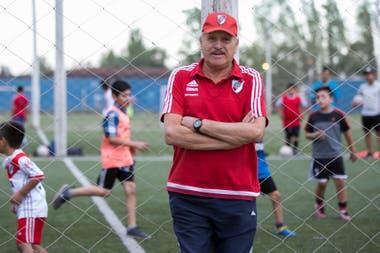 El ex campeón del mundo Leopoldo Jacinto Luque falleció esta tarde, en Mendoza.