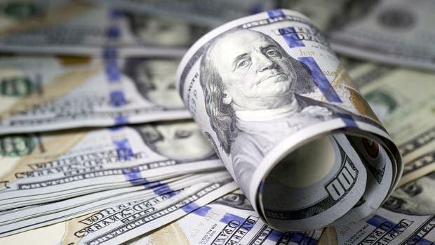 Tras los anuncios, el dólar se disparó y cotizó a $19,46