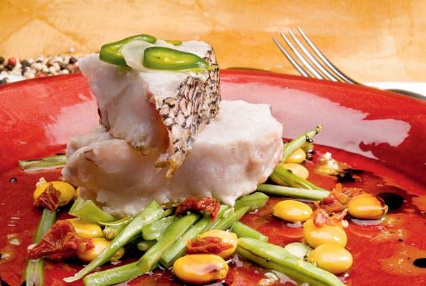 Receta de Salmón blanco con colchón de vegetales
