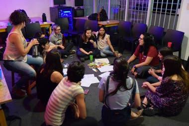 LasDeSistemas, un espacio de contención y crecimiento para las mujeres, lesbianas, trans y personas no binarias que trabajan en tecnología