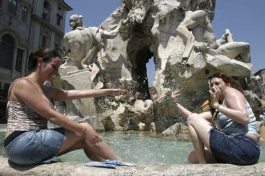 Situado en el corazón de Piazza Venezia, el monumento es un homenaje a los soldados caídos de la Primera Guerra Mundial