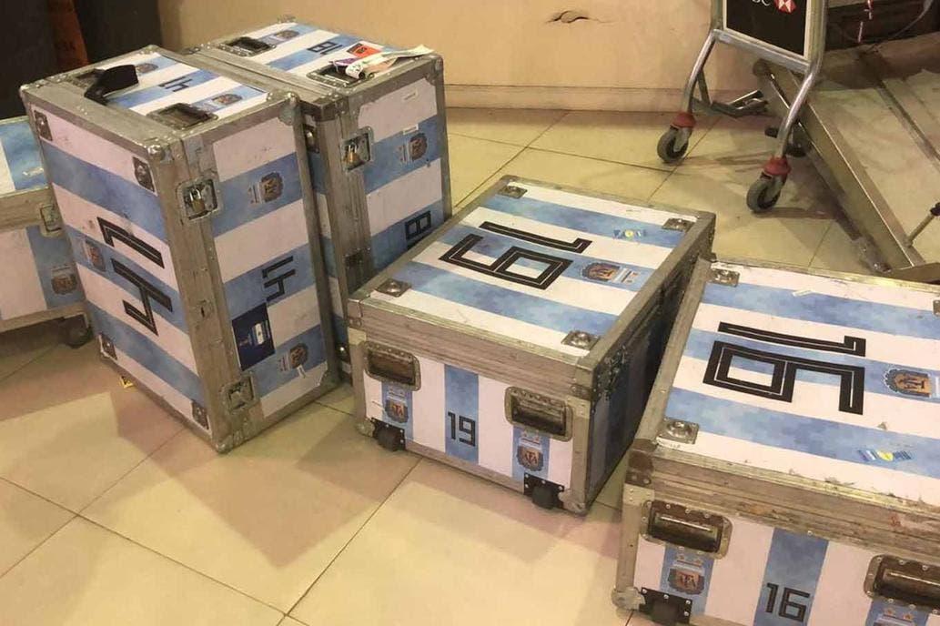 La AFA se presentó en la Aduana y pagó la multa de U$S 25.000 por la electrónica secuestrada