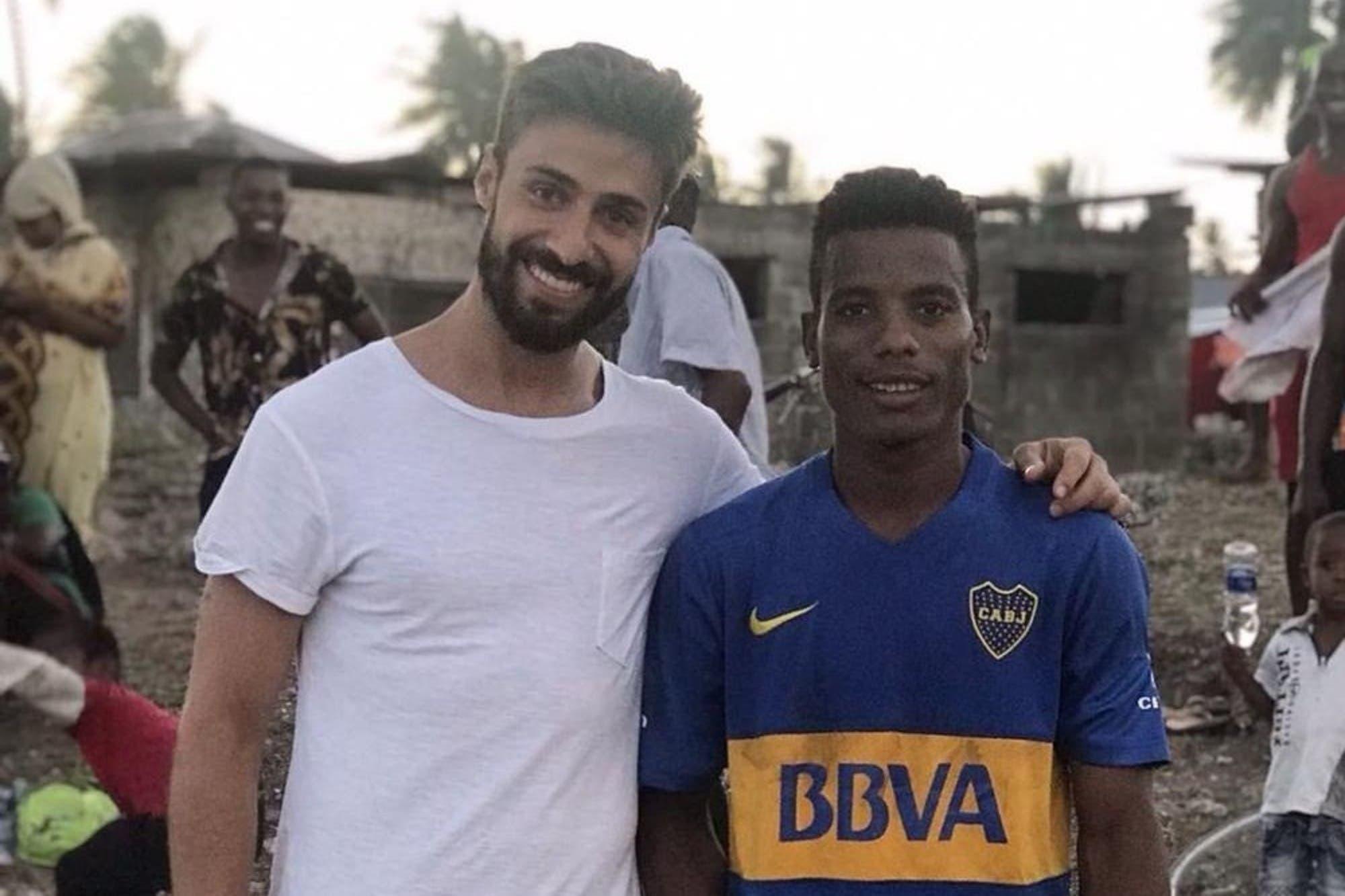 497ac3038d191 Insólito  descubrieron en Tanzania un equipo que juega con la camiseta de  Boca - LA NACION
