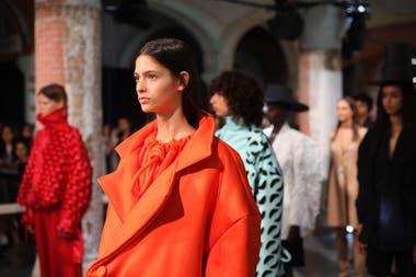 Romina Cardillo exhibió sus prendas en un original capitoné sobre neoprene