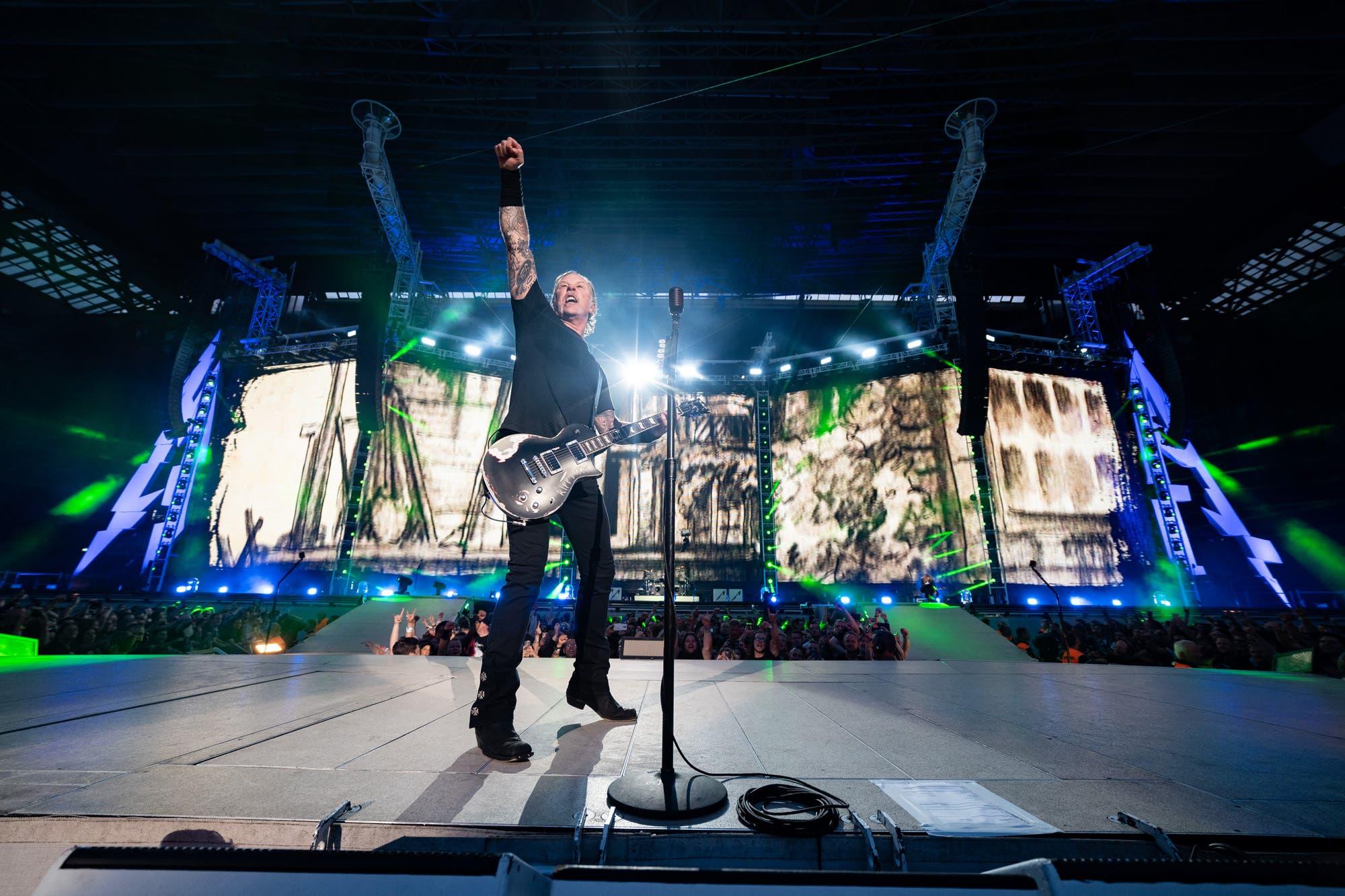 Metallica cancela más conciertos por la rehabilitación de su cantante, James Hetfield