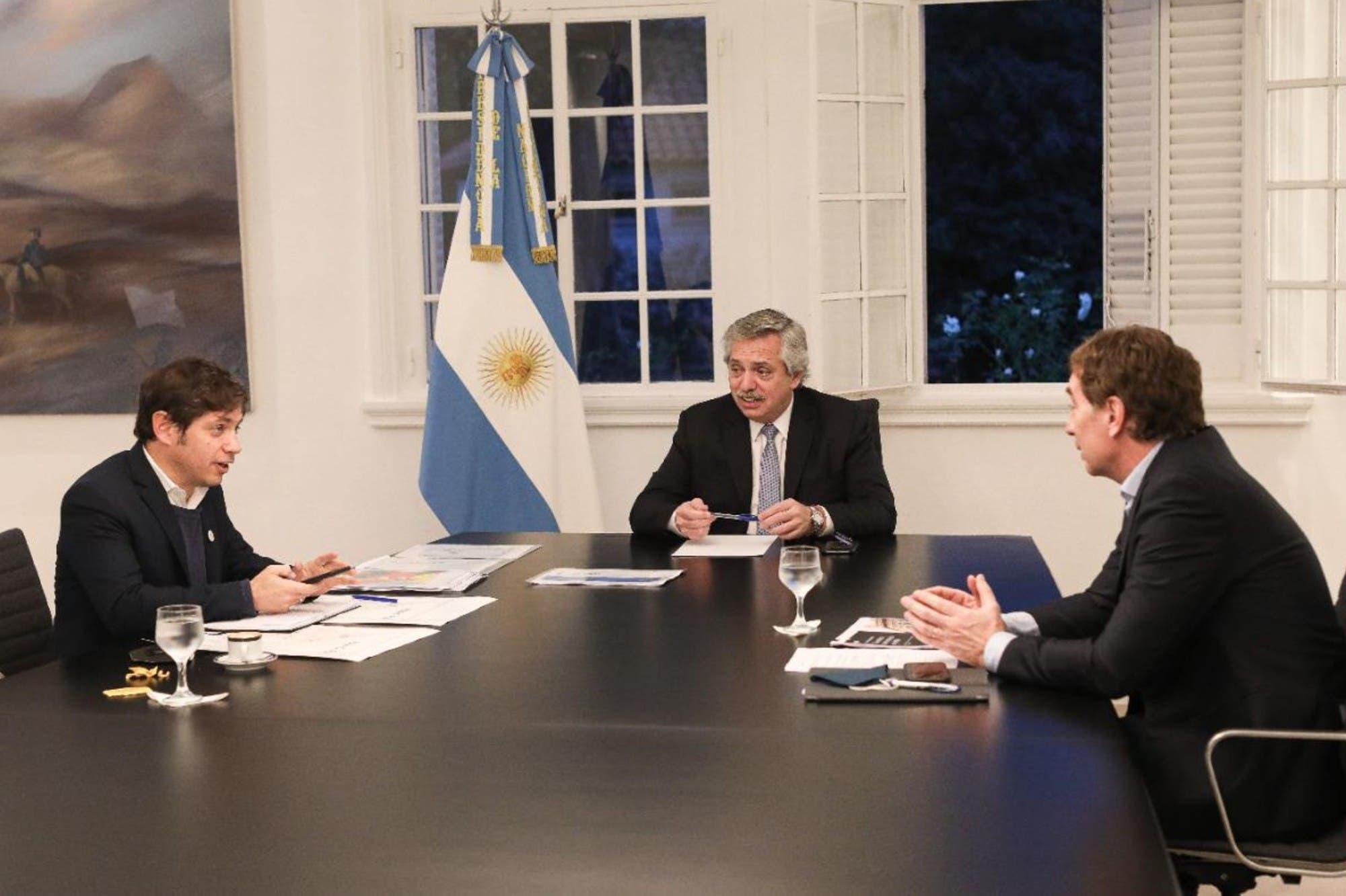 Coronavirus en la Argentina: el Presidente recibe a Axel Kicillof y Diego Santilli para definir el futuro de la cuarentena
