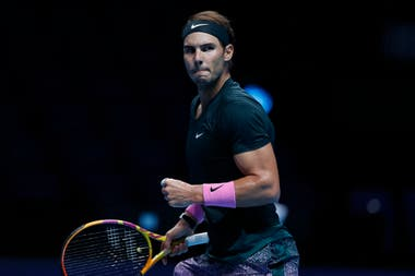 Rafael Nadal estuvo 6-3 y 5-4 con su saque, pero cayó con Daniil Medvédev