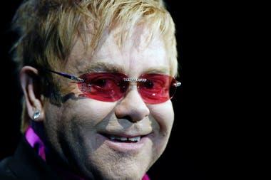 """De Elton John suena """"Song for Guy"""""""