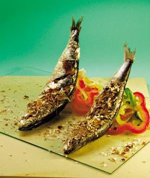 Anchoas en sal especiada y criolla rústica