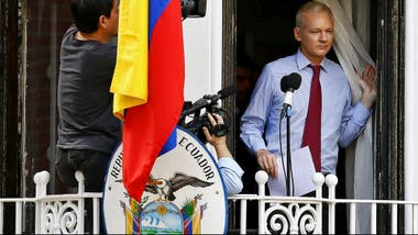 Assange en la embajada de Londres