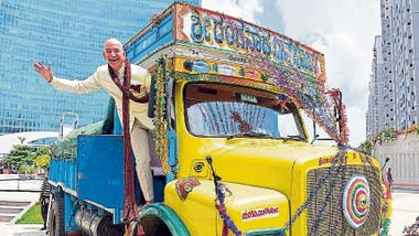Bezos lanzó Amazon en la India