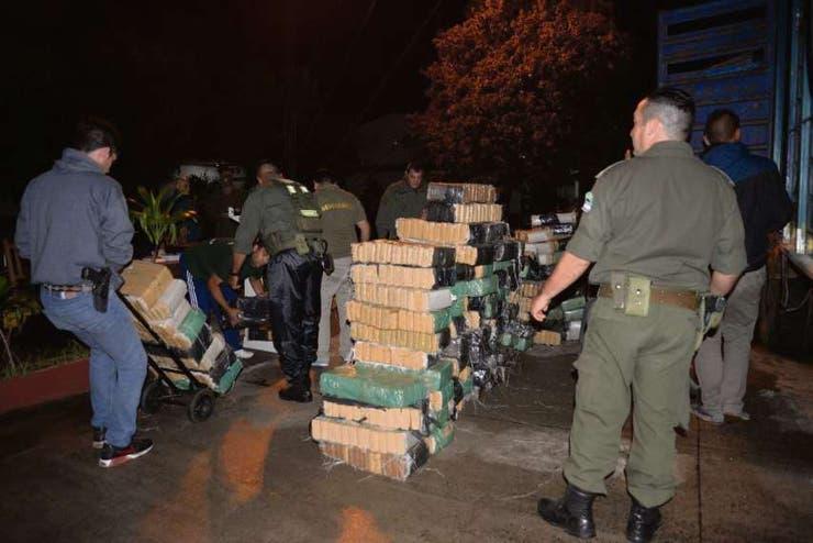 El cargamento estaba oculto en un camión que fue abandonado a la vera de la ruta 12, en las afueras de Itatí