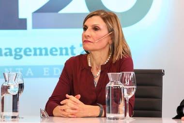Alicia Caballero, decana de la Facultad de Ciencias Económicas de la UCA