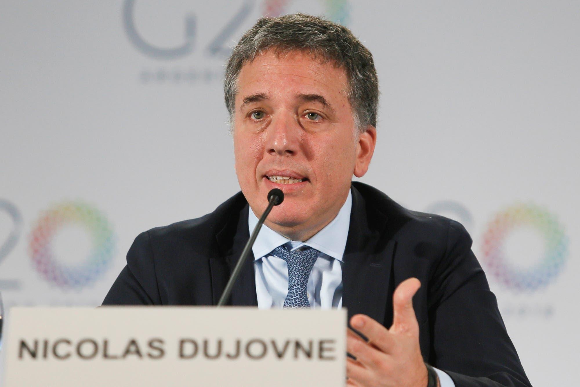 Dujovne y Massa se cruzaron por el acuerdo con el FMI