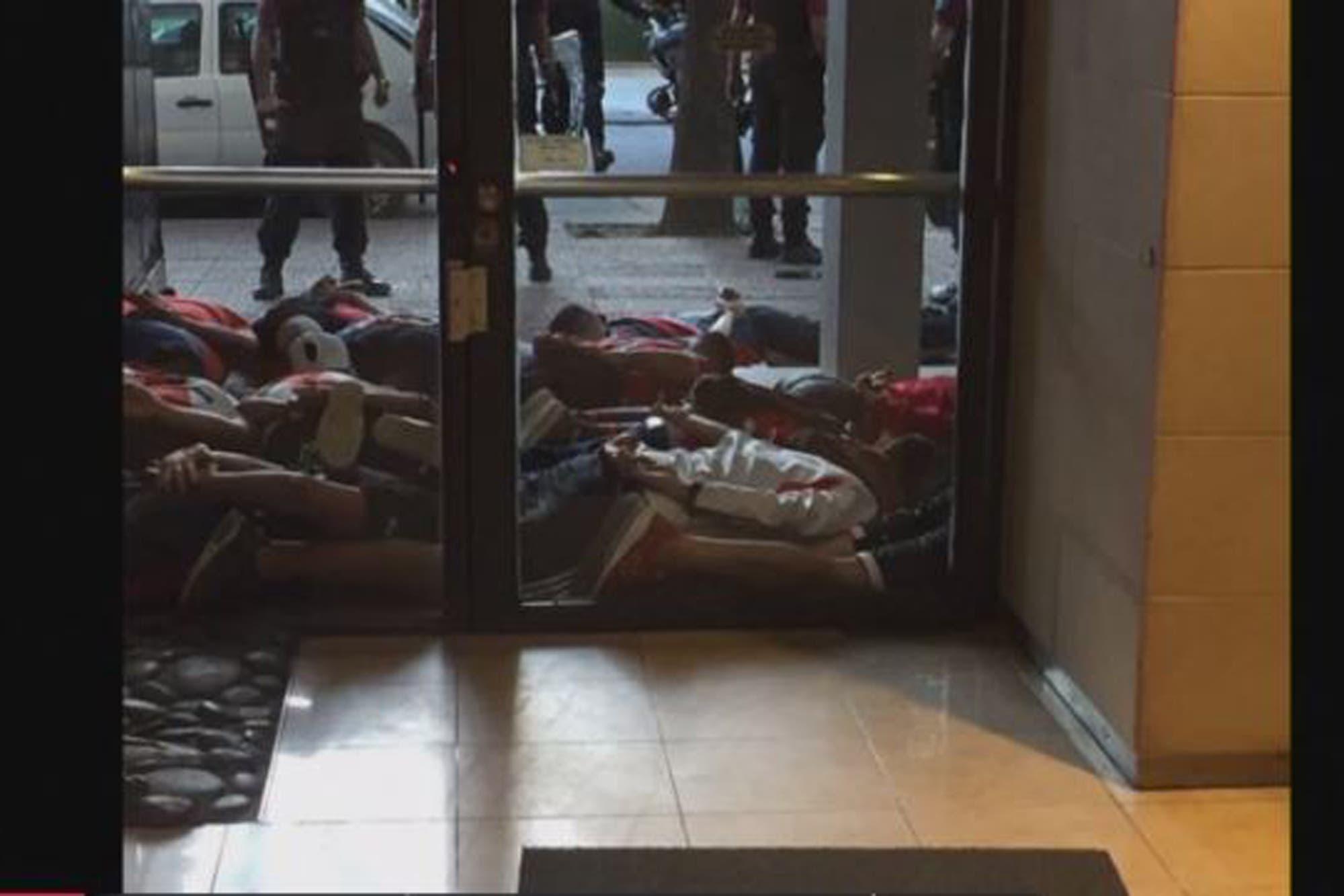 Copa Libertadores: hay cinco detenidos y 24 demorados por los incidentes