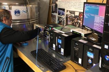 El detector se encuentra en pleno funcionamiento y seguirá trabajando y enviando datos, de manera automatizada, durante todo el invierno
