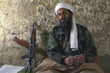 Osama Bin Laden le declaró la guerra a EE.UU. desde una cueva en Afganistán el 20 de agosto de 1998