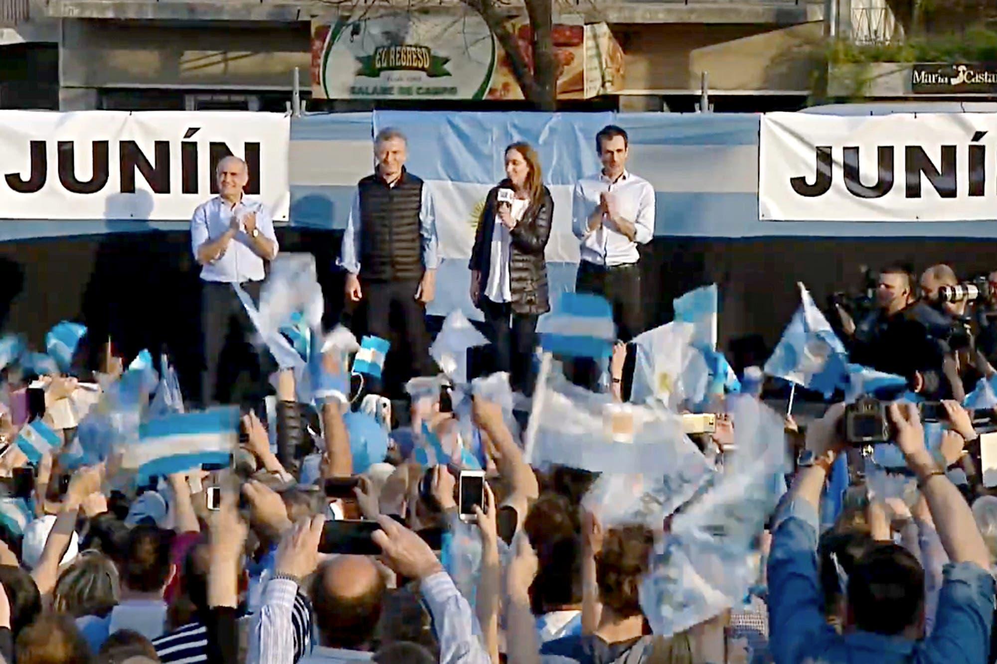"""Mauricio Macri encabezó, junto a María Eugenia Vidal, la segunda marcha Sí se puede: """"Esta batalla vale la pena"""""""