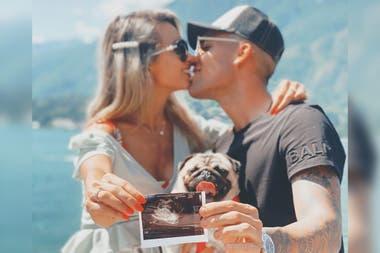 La foto con la que Lautaro y Agustina anunciaron su embarazo. Crédito: Instagram
