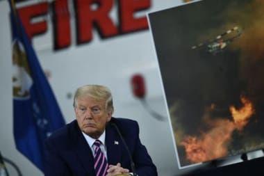 Trump negó que el aumento de la gravedad de los incendios se deban al cambio climático.