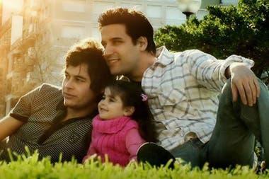 promediado gay familia adoptiva