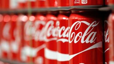 Coca con hielo y un alfajor, merienda perfecta.