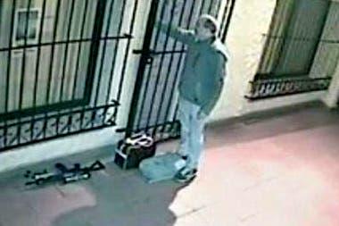Resultado de imagen para bolsas con dinero en el convento