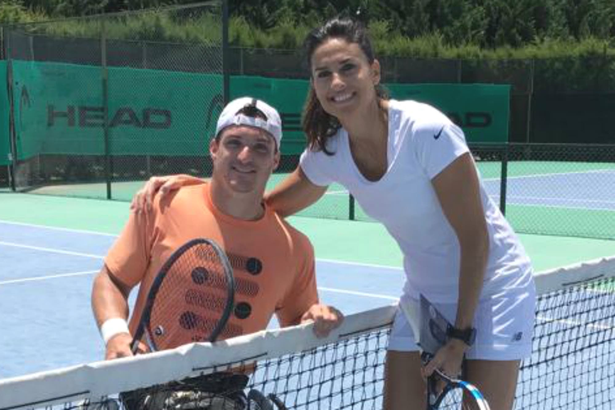 Gusti Fernández cumplió un sueño: pelotear con la legendaria Gabriela Sabatini